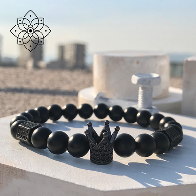 Black Agate with Crown Charm Bracelet