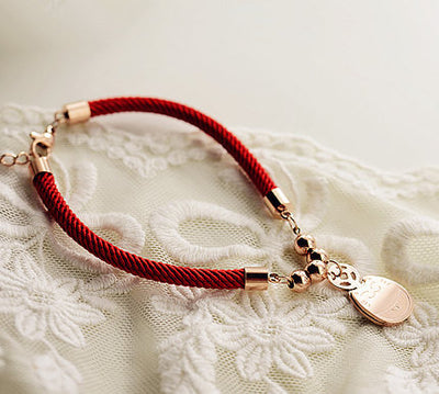 The fortune cat bracelet
