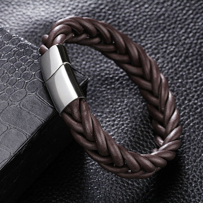 The Outfits – Friendly Leather Bracelet