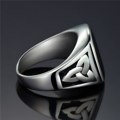 Black Stone Square Ring