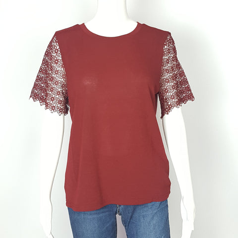 WOMEN'S  Burgundy Laced Short Sleeve Top