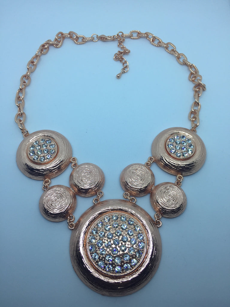 ... A N N • NECKLACE ~ Beautiful Rose Gold Polka Dot Statement Piece  Necklace With White Crystals ... 99bb1f349810