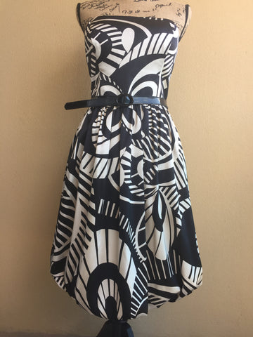 Maggy London Retro Style Strapless Black & White Bubble Hem Dress With Belt Women's Size 14.