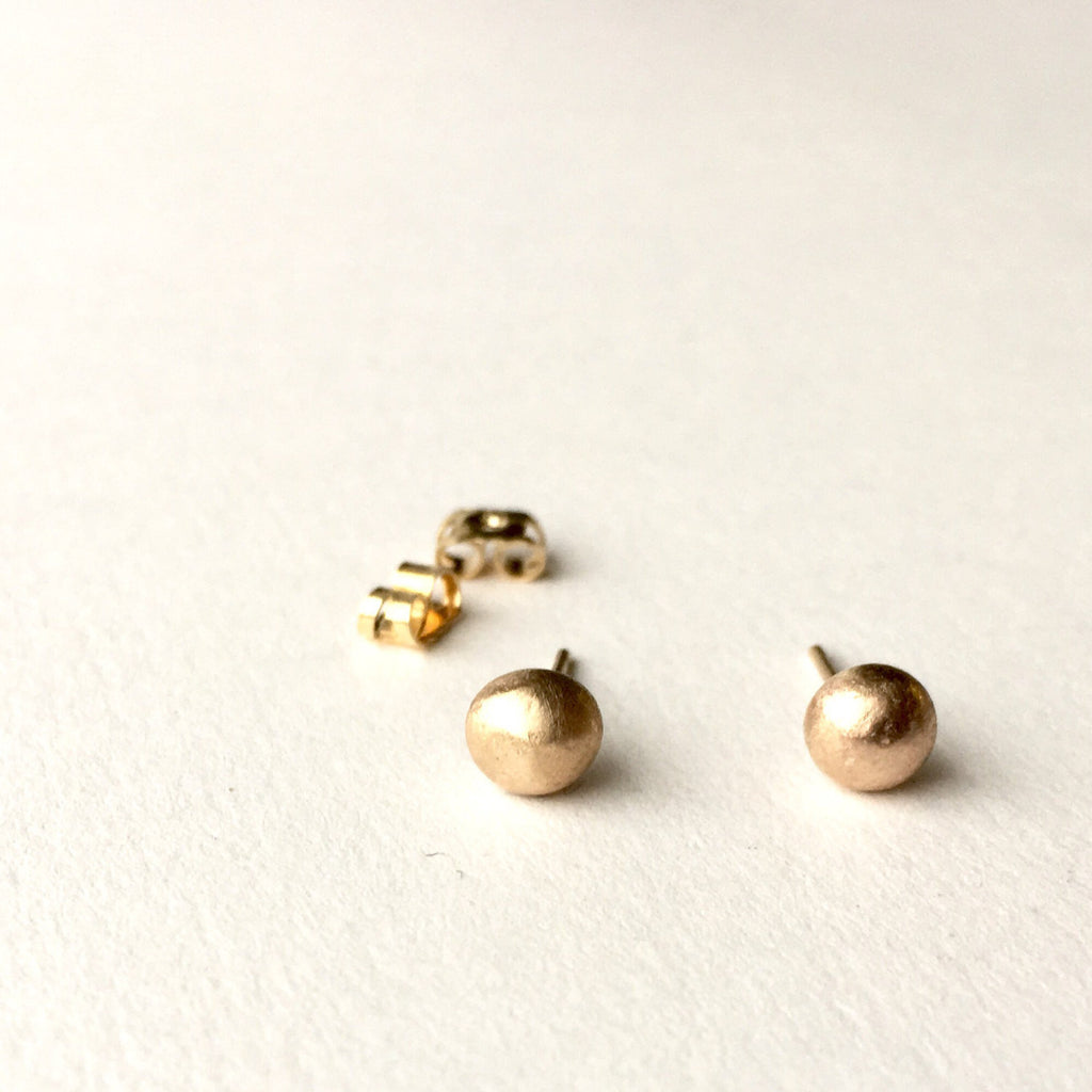 9 ct gold ball earrings