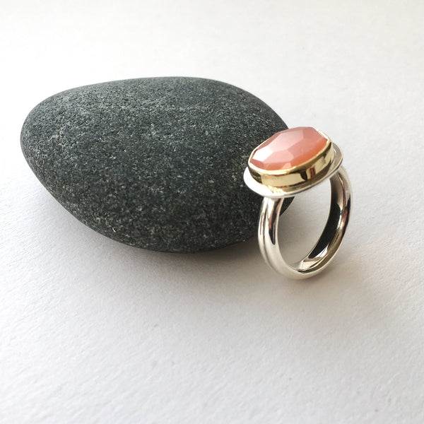 Faceted Pink Moonstone Platform Ring