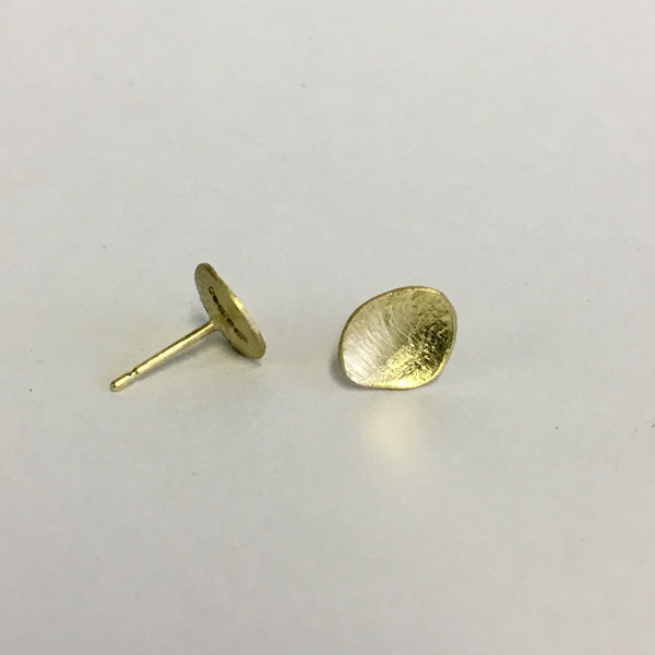 Simple 18 ct Gold Oval Stud earrings