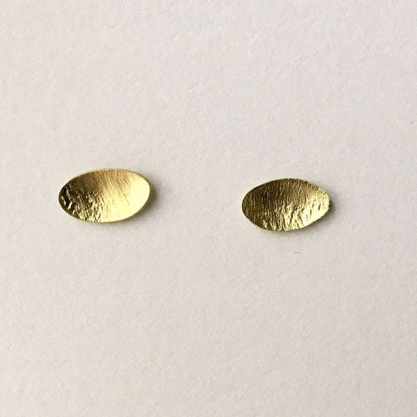 Simple Oval 18 ct Gold Post Earrings