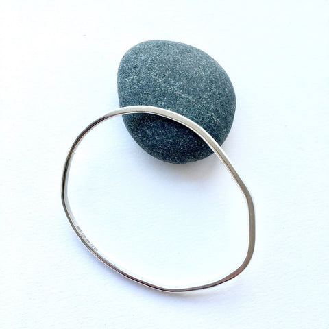 Organic Shape Oval Bangle - 21.5 cm circumference