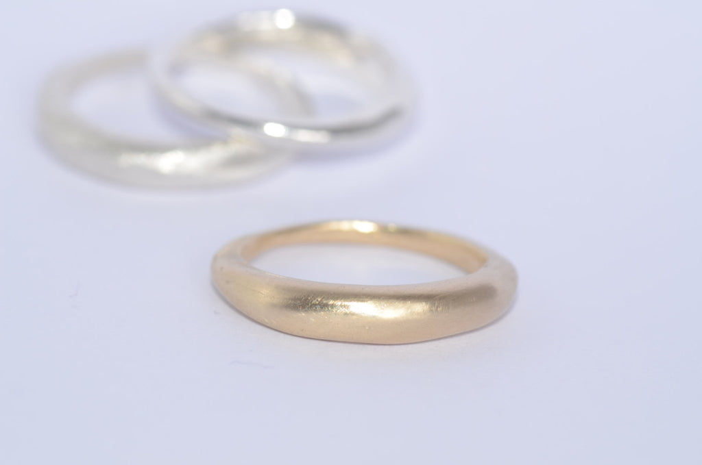 18 ct gold stacking wedding ring.