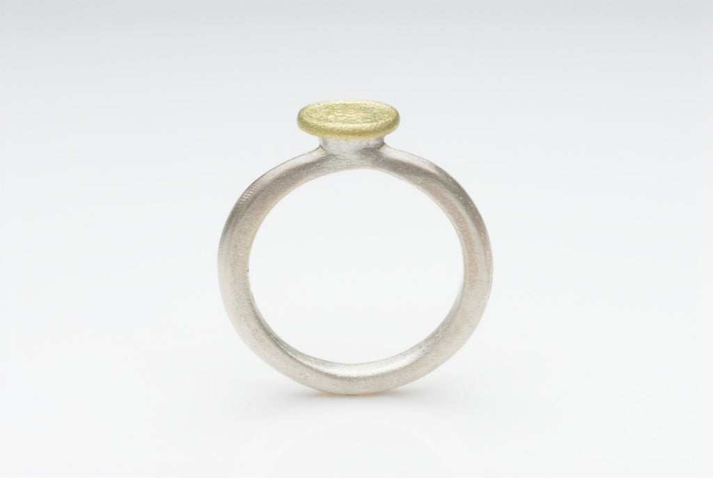18 ct gold and silver Shen ring.