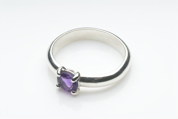 Faceted Purple Amethyst Silver Solitaire Ring