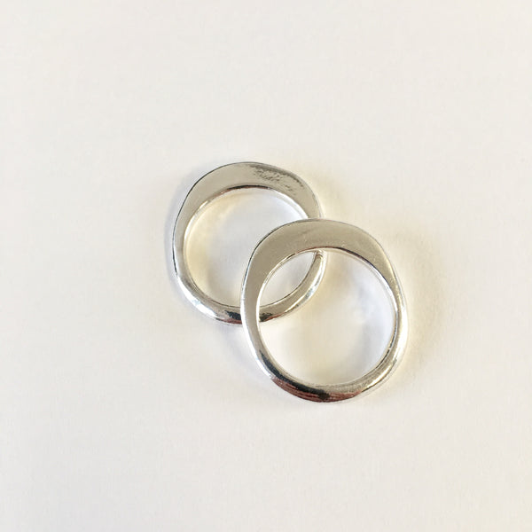 Ovum Ellipse Silver ring