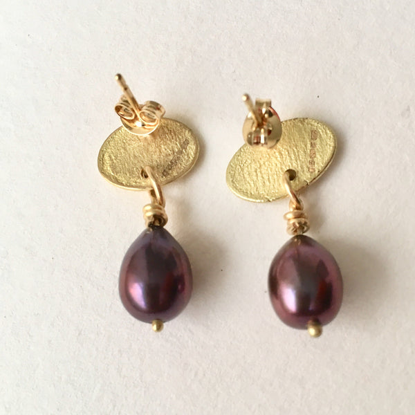 Gold oval and purple pearl earrings