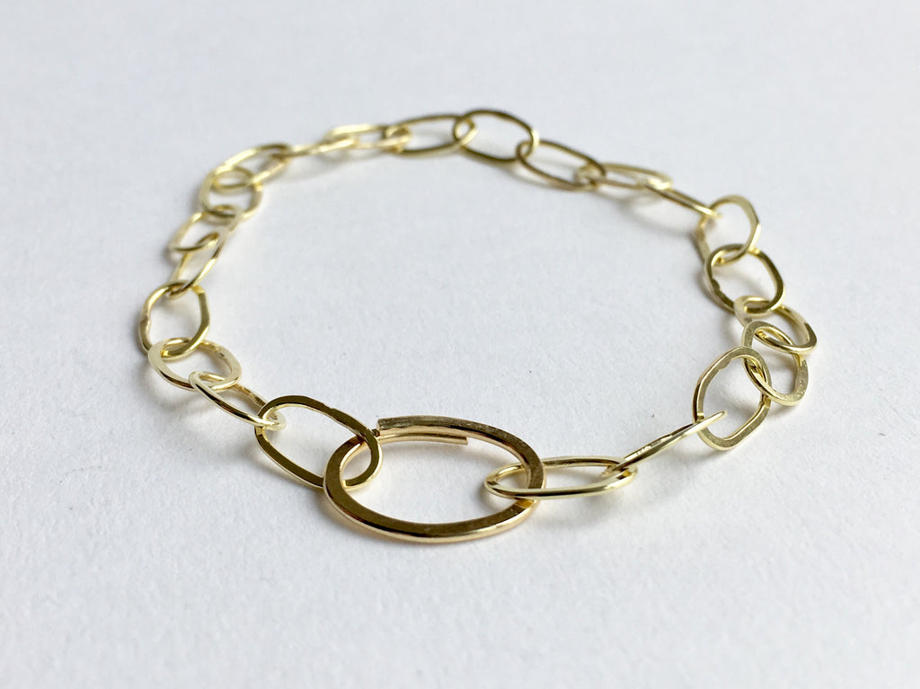 18 ct gold Odd Fellow chain bracelet by Michele Wyckoff Smith