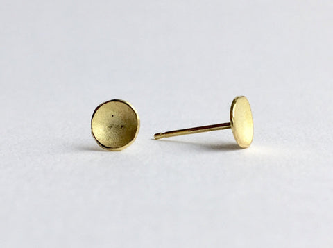 6 mm domed 18 ct textured gold stud earrings by Michele Wyckoff Smith