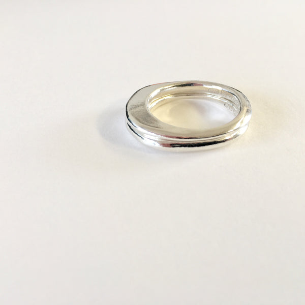 DISCONTINUED: Ovum Ellipse Silver ring