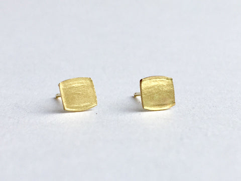 Square textured gold stud earrings by Michele Wyckoff Smith