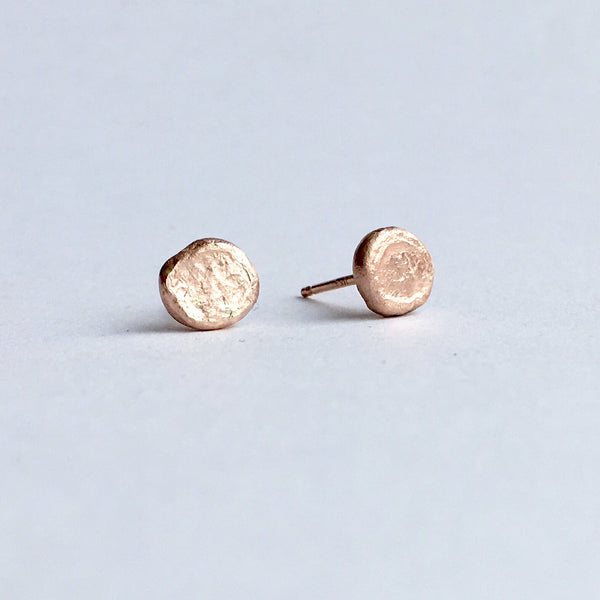 14 ct rose gold earrings by Michele Wyckoff Smith, side view