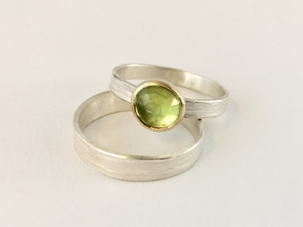 Peridot set in 18 ct gold makes a great alternative engagement ring. By Michele Wyckoff Smith and available on www.wyckoffsmith.com