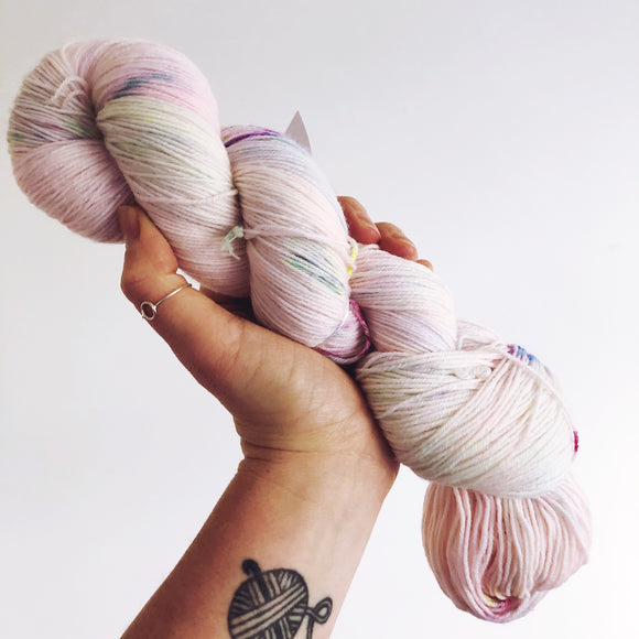Yarnicorn - Hand dyed 4ply/sock yarn 100g/425m superwash merino, nylon blend