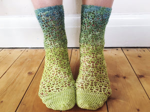 Crochet Pattern - Trailing Lace Socks
