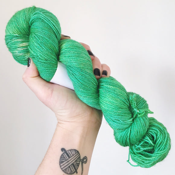 Holly - Hand dyed - 4ply/sock yarn - 100g/400m - superwash merino - nylon - sparkle
