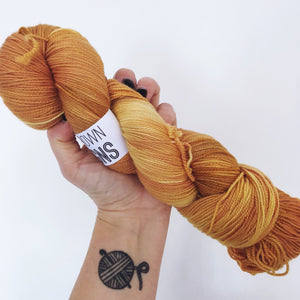 Rusty - Hand dyed 4ply/sock yarn 100g/365m superwash merino, nylon blend - High Twist