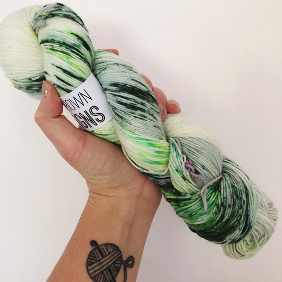 Bria - Hand dyed 4ply/sock yarn 100g/425m superwash merino, nylon blend