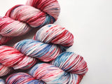 Who-Ville - Hand dyed-  DK - yarn - 100g/225m - superwash merino - nylon - sparkle