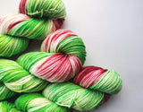 Grinch - Hand dyed-  DK - yarn - 100g/225m - superwash merino - nylon - sparkle