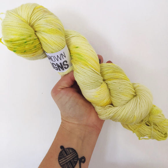 Aneira - Hand dyed 4ply/sock yarn 100g/365m superwash merino, nylon blend - High Twist
