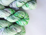 Bria - Hand dyed DK yarn 100g/225M superwash merino