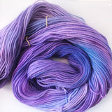 Violacea - Hand dyed DK yarn 100g/225M superwash merino