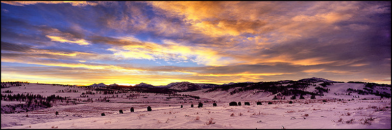 Source: http://www.visionsoflightinc.com/images/photography_slideshow/wintersunset.jpg