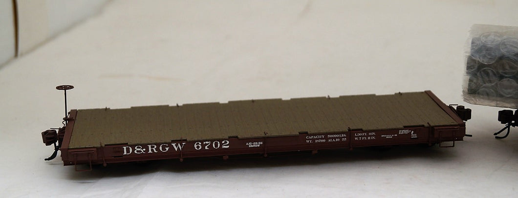 On3 San Juan Car Co  RTR Pipe Gondola with Idler Flat Car and Pipe