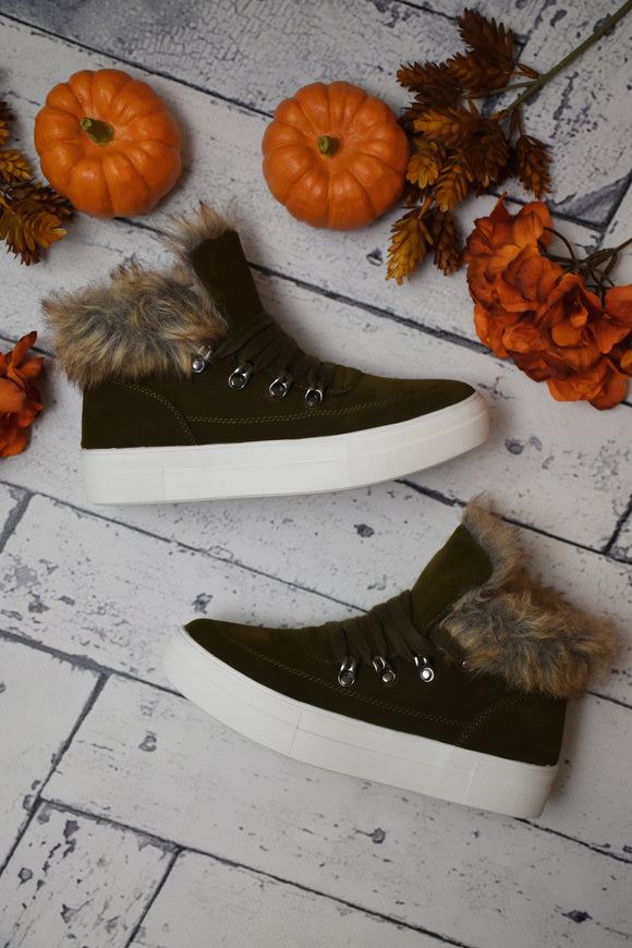 Thompson Fur Accent Sneaker {Olive}