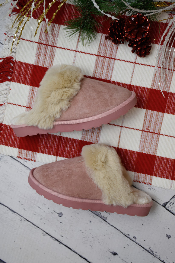 Loki Plush Slipper {Blush}