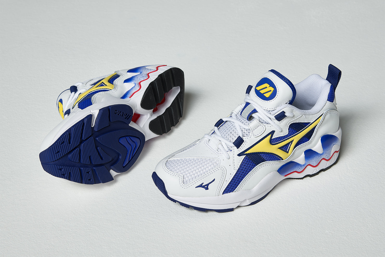 Mizuno Wave Rider 1 OG D1GA182527 WHITE BLUE YELLOW Price  £139.00. Launch   Friday 23rd of November ONLINE  23 00GMT   IN-STORE  Saturday 24th November  from ... d99587b2adc02