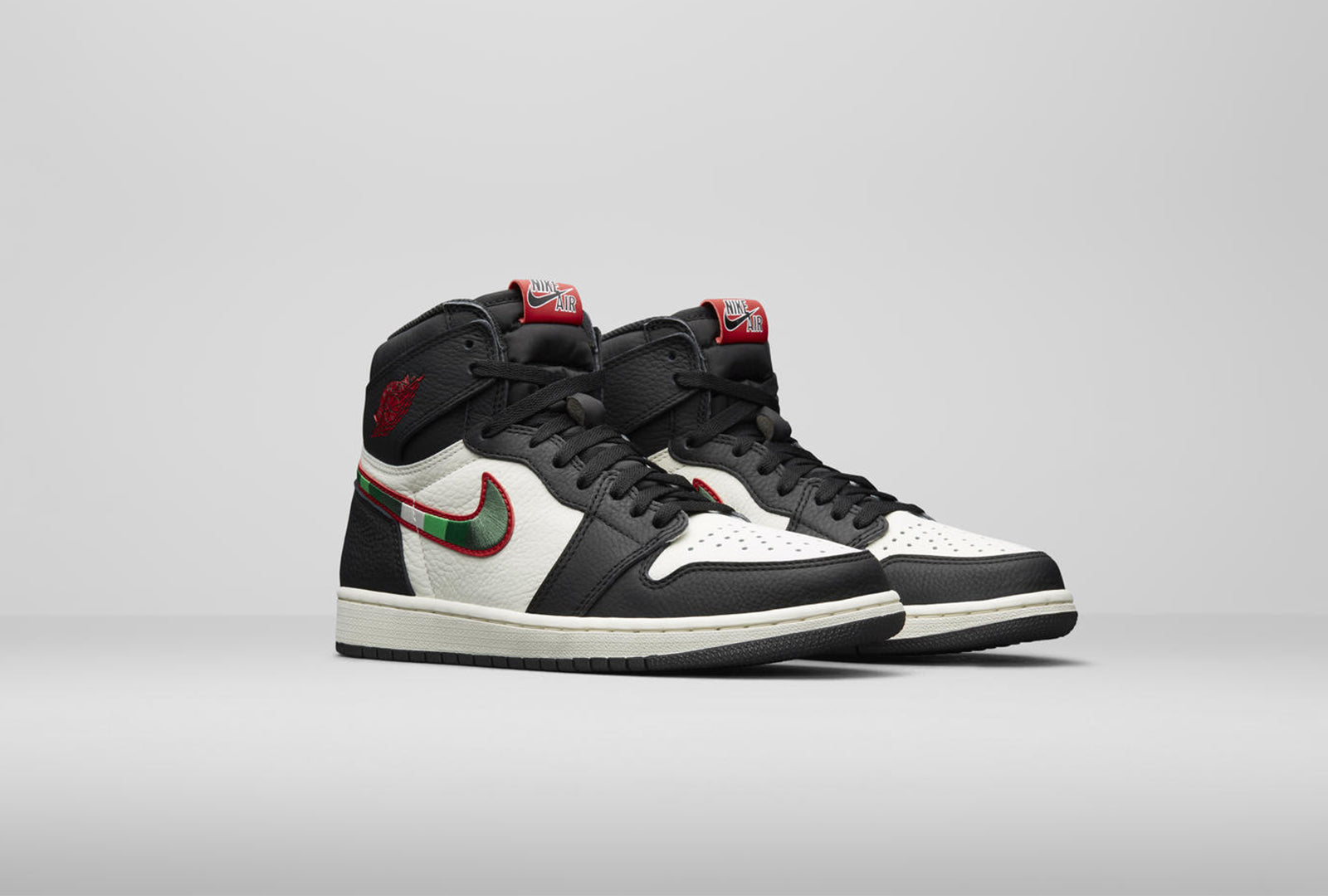 df99123eb0f8 Nike Air Jordan 1 Retro High OG