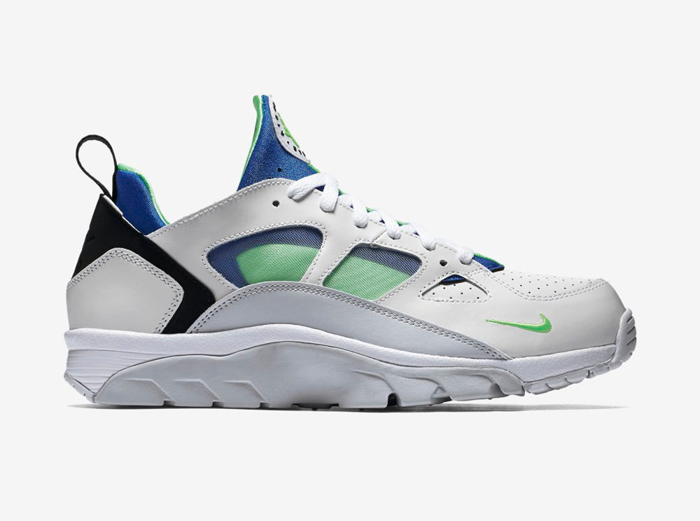 AIR-TRAINER-HUARACHE-LOW-749447_101_A_PREM-1024x1024