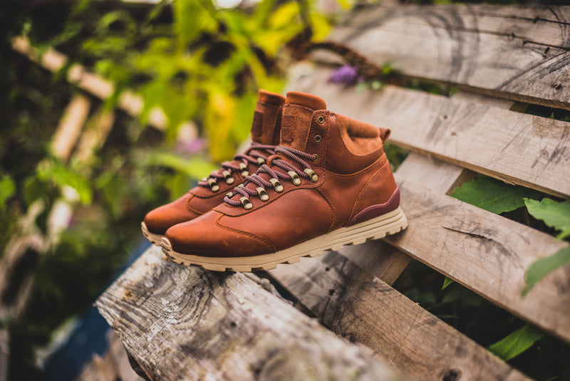 "Clae Robinson ""Chestnut Oiled Leather"" - CLA01286 02 800pix"