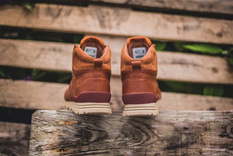 "Clae Robinson ""Chestnut Oiled Leather"" - CLA01286 06 800pix"