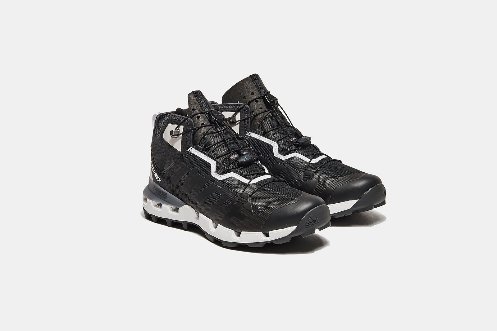adidas TERREX Fast-GTX Surround x White Mountaineering DB3007 Carbon Core  Black Footwear White Price  £219.00. Launch  December 15th 6bc99338a