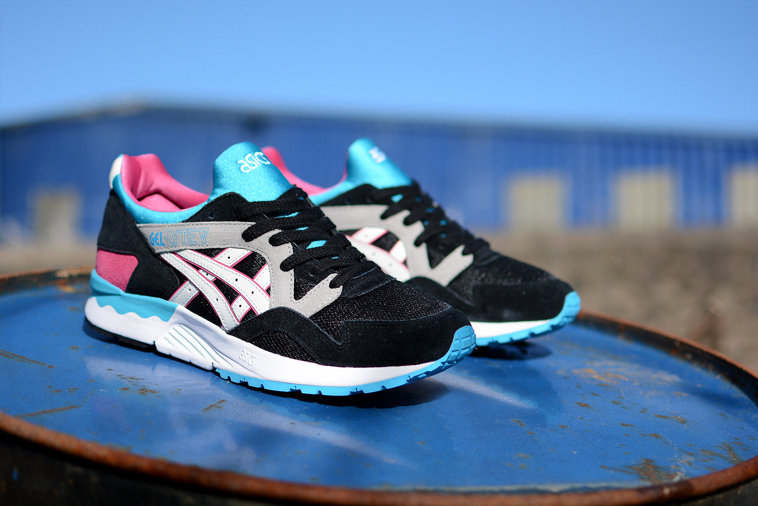 innovative design c2d0a a6863 ... reduced this asics gel lyte v predominantly black suede and mesh upper  with electric blue accents