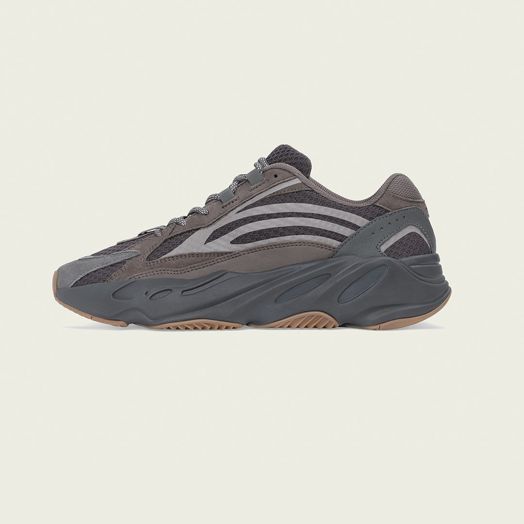 adidas + KANYE WEST YEEZY BOOST 700 V2 'GEODE'