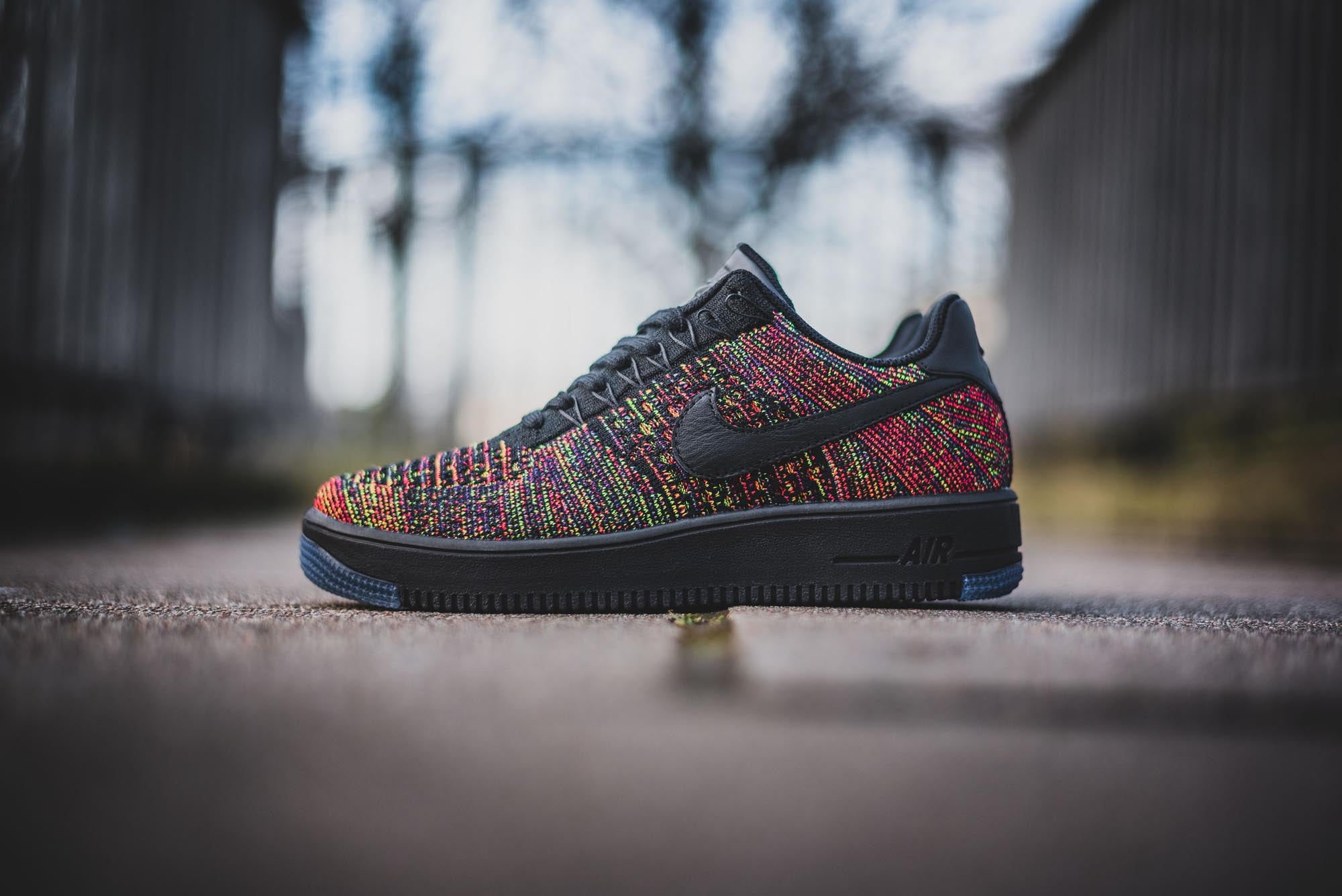 Nike Air Force 1 Flyknit Low 01