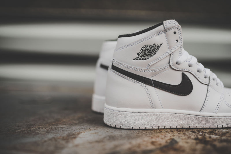 nike-air-jordan-1-retro-high-og-bg-04-800pix