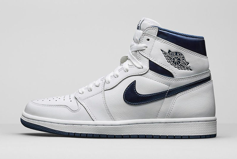 "Nike Air Jordan 1 Retro High OG ""Metallic Navy"" 01 800pix"