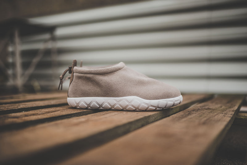 nike-air-moc-ultra-862440-200-01-800pix