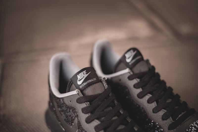 Nike Internationalist JCR QS black 05 800pix